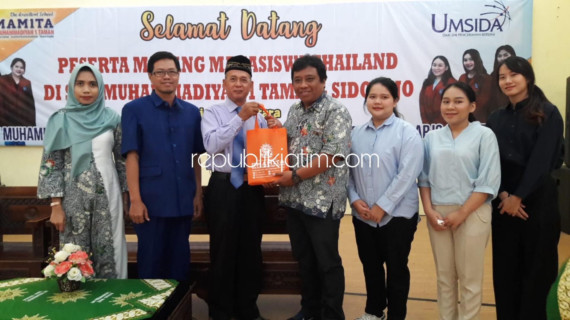 Kunjungan ke 45 Pelajar Luar Negeri, Smamita Terima Magang 3 Mahasiswi Thailand
