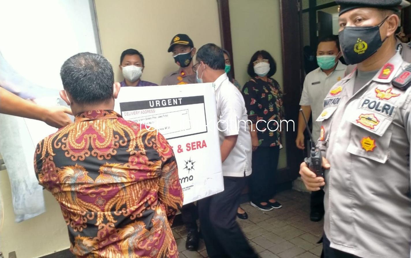 Polisi Perketat Pengamanan Distribusi 4.000 Vaksin Covid-19 Tahap Pertama di Sidoarjo