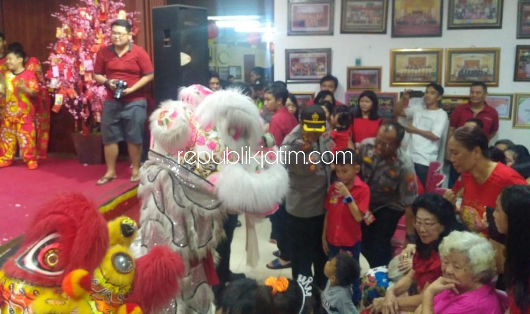 Wakapolresta Sidoarjo Tinjau Klenteng Pastikan Keamanan Perayaan Imlek