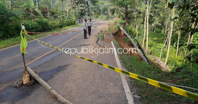 Jalan Utama Ponorogo -Trenggalek Retak dan Ambles, Polisi Terpaksa Berlakukan Sistem Buka Tutup