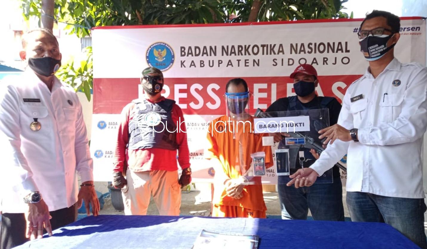 Bawa Sabu 6,12 Gram, Pemuda Medaeng Ditangkap BNN Sidoarjo