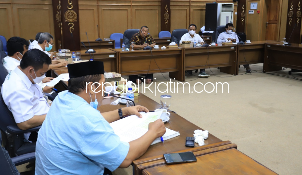 Kasus Dugaan Pungli PTSL di Dua Desa Ditangani Penyidik, Perwakilan Kades Ngadu Dewan Sidoarjo