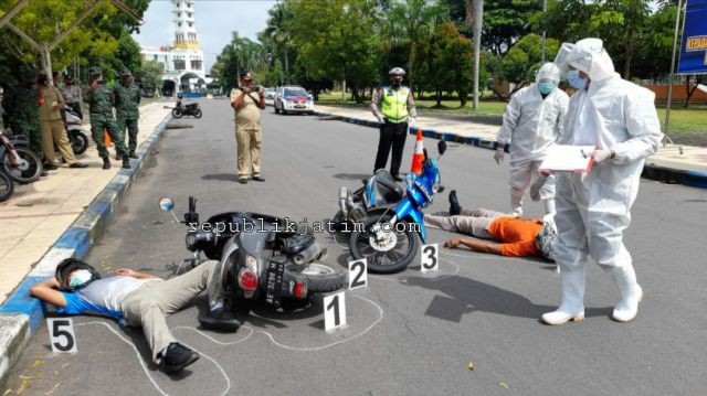 Antisipasi Pandemi, Satlantas Polres Ngawi Gelar Latihan TPTKP Dengan Prosedur Covid 19