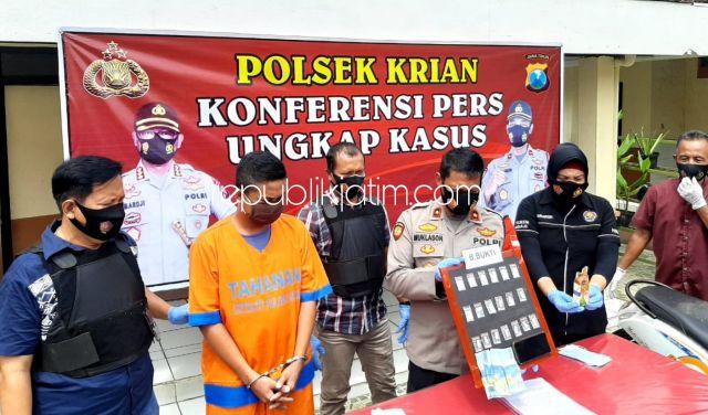 Pemuda Pengedar Sabu-Sabu Asal Tropodo Diringkus Petugas Polsek Krian, Berdalih Untuk Biaya Nikah