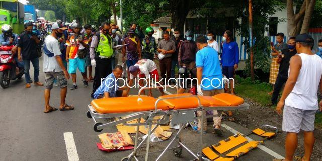 Ibu-Ibu Pengendara Motor Tewas Tertabrak Bus Mira di Jalur Surabaya - Mojokerto