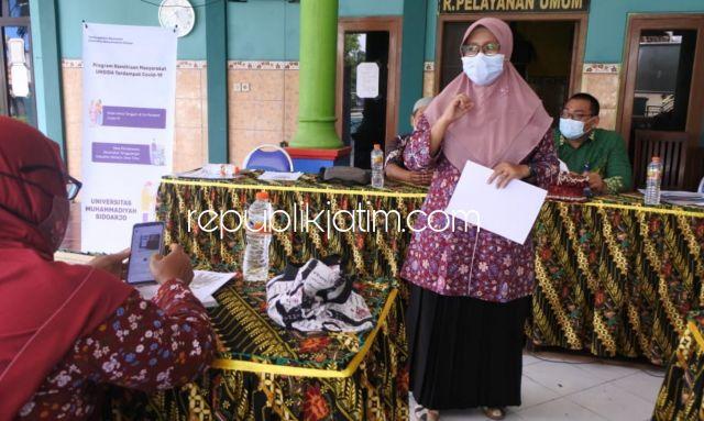 Tingkatkan Imunitas Lansia Tangguh di Tengah Pandemi Covid-19, Abdimas Umsida Beri Pelatihan Akupresur