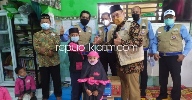 Peringati Hari Jadi ke 45, BHS Bersama PT DLU Santuni Enam Yayasan Yatim Piatu di Sidoarjo dan Surabaya