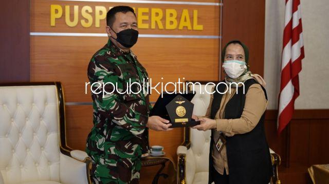 Kanwil DJP Jatim II Gandeng Puspenerbal Juanda dan Kodim Sidoarjo Tingkatkan Kepatuhan WP