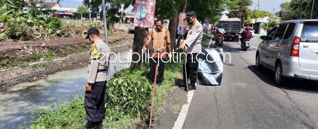 Talud Penahan Jalan Ponorogo - Wonogiri Ambles dan Retak Diberi Pembatas Polisi