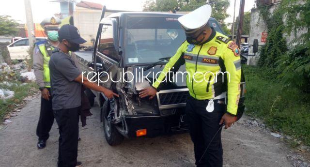 Pengendara Motor Scoopy Tewas Ditabrak Pikup dari Belakang JL Raya Taman Sidoarjo