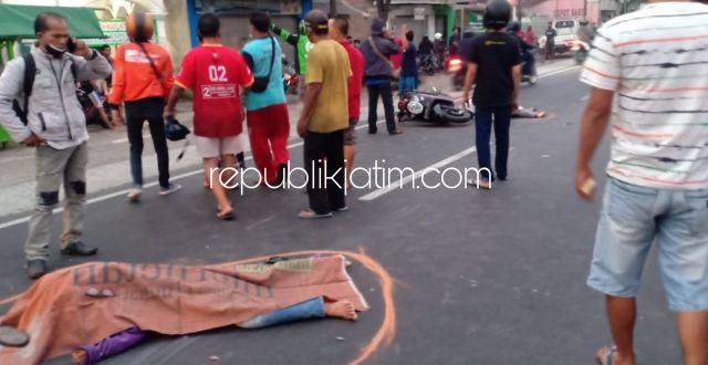 Senggol Pikup Belok, Dua Pengendara Motor Asal Kediri Tewas Tertabrak Truk Trailer di Jalur Mojokerto - Surabaya