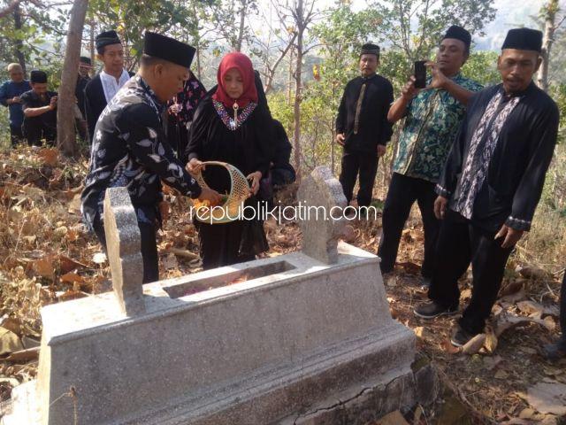 Nyekar Makam Para Mantan Kades Nguri-Nguri Leluhur Babat Deso Munggu Ponorogo