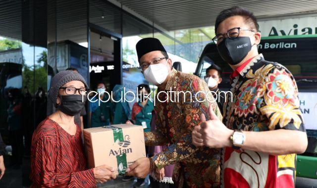 PT Avian Sumbang 2.000 Paket Sembako, Gus Muhdlor Ajak Pengusaha Sidoarjo Bantu Warga Terdampak Covid-19