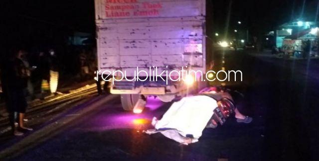 Tabrak Pantat Truk Parkir, Pengendara Motor di Ponorogo Tewas Terkapar