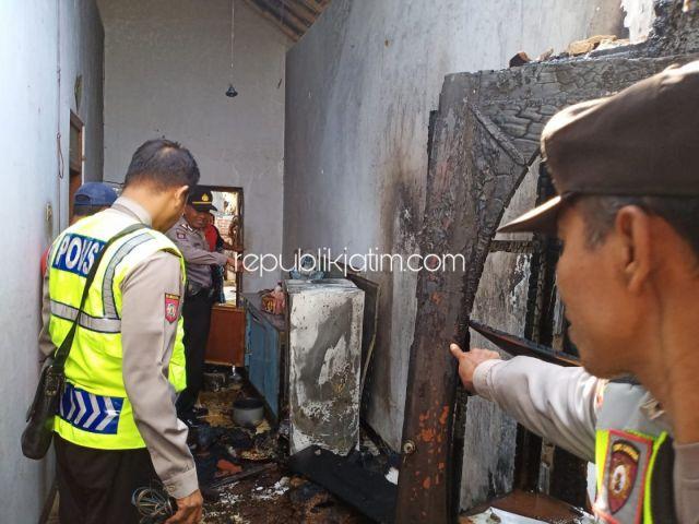 Diduga Konsleting Kabel Kulkas, Rumah Warga Ponorogo Terbakar